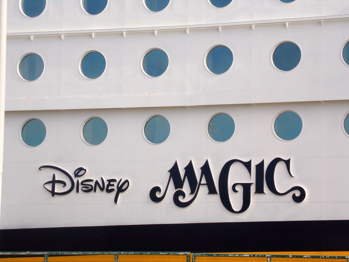 Disney Magic Sign